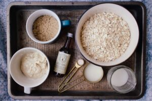 OATMEAL - healthy food for weight loss.
