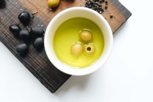 OLIVE OIL - healthy food for weight loss